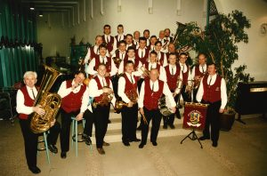 Gruppenfoto Schenkenberg 1996 - Blasmusikverein Schenkenberg e.V.